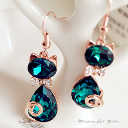 限時79折↘奧地利水晶鑲鑽貓咪耳環 手工Sapphire藍寶石垂墜耳飾 歐系時尚女生飾品《波卡小姐 貓咪小物》BT0080