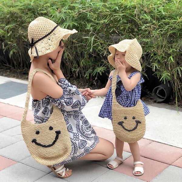 親子款笑臉草編包拉鏈側背包籐編包編織包肩背包親子包微笑可愛野餐海邊ANNAS.