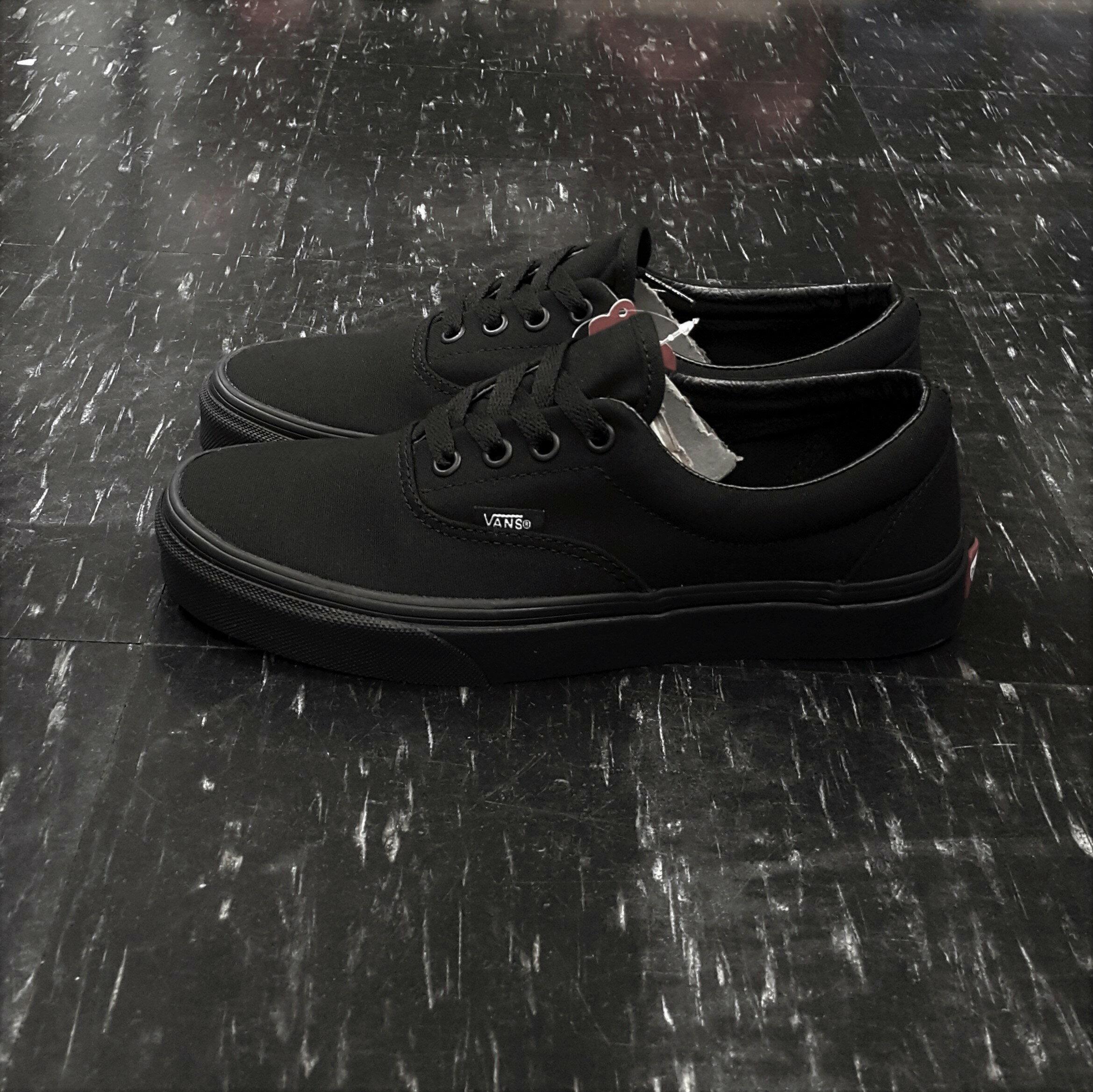 VANS ERA BLACK / BLACK 黑色 全黑 帆布 基本款 厚內裡 滑板鞋