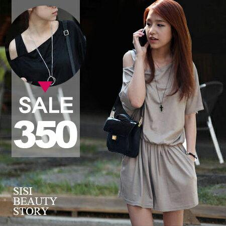 SISI~J6001~休閒 露肩吊帶斜肩短袖純色縮腰顯瘦連身短褲