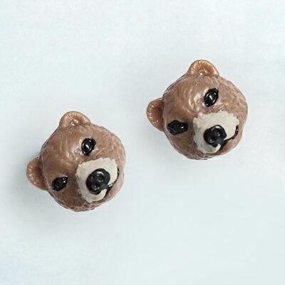 〔APM飾品〕 Gargle 療癒神情胖熊寶寶耳環 ^(抗過敏^) ^(咖啡熊^) ^(白