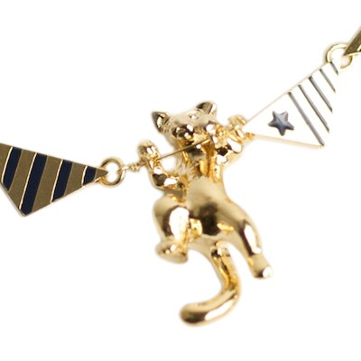 〔APM飾品〕日本Kaza 歡樂馬戲團之飄揚旗幟飛天人幼獅項鍊