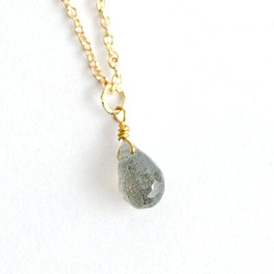〔APM飾品〕日本Lilou 平癒之心祈福水滴石項鍊 (拉長石 labradorite)