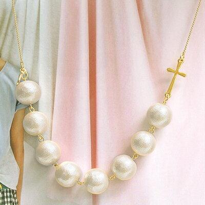 APM:〔APM飾品〕日本Erea神聖珠光優雅十字項鍊