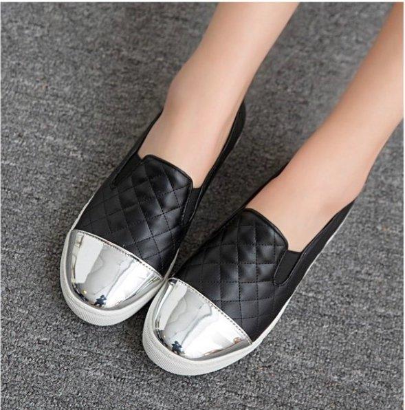 Pyf ? 歐美款 小香風菱格紋 拼接金屬鞋頭 樂福懶人鞋 小白鞋休閒鞋 43 大尺碼女鞋