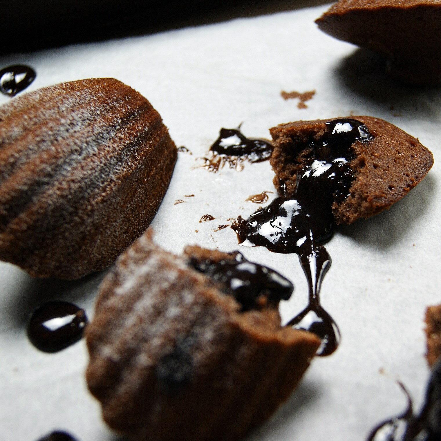 【黑手甜點】可可卡士達瑪德蓮/主廚特製/黑手法式小點系列/▶全館滿499免運