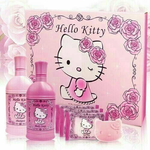 【即期特價】Hello Kitty 凱蒂貓 晨曦玫瑰香氛SPA組 沐浴乳 洗髮精 肥皂 五件組 三麗鷗正版授權