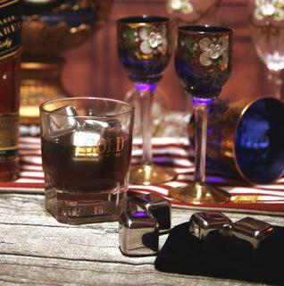 不鏽鋼冰塊 6粒套裝組送絨布套/威士忌瓶/冰石/冰沙/不會融化的冰塊/冰球/冰角/冰袋/保冷袋/快速醒酒器/不銹鋼冰塊 7