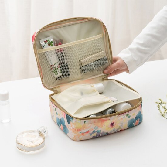 ♚MY COLOR♚花草系列洗漱化妝包 大容量 旅行 收納 整理 分類 化妝品 雜物 分裝~Z69~