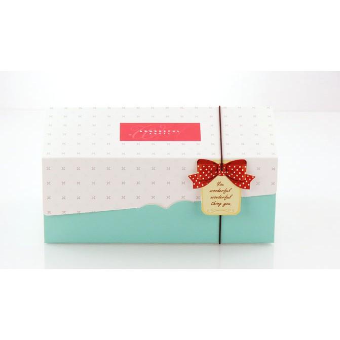 【嚴選SHOP】20cm 附吊卡+船盒+彈性繩 生乳捲蛋糕盒 彌月蛋糕盒 蛋糕捲奶凍巻盒 包裝盒 禮品盒【C024】