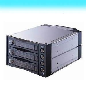 SATA /II 2轉3磁碟陣列內接盒黑.電腦周邊.外接盒 P40-IHDST2131SATABK