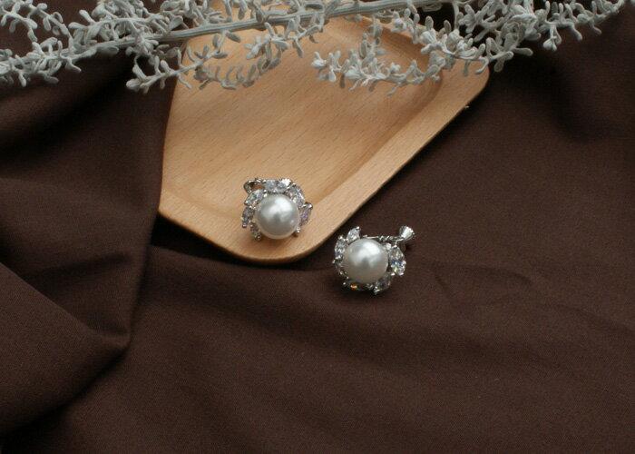 珍珠夾式耳環,婚宴夾式耳環,伴娘夾式耳環,無耳洞耳環,水鑽夾式耳環,韓製,韓國,耳環