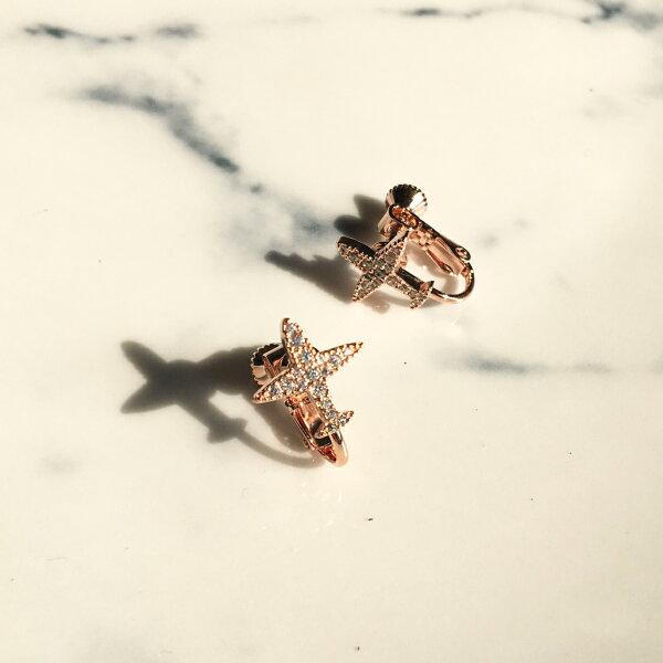 勇敢飛行小飛機耳夾式耳環耳夾(螺旋夾2色)【2-2711】