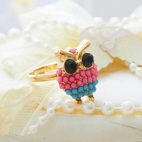 (預購+現貨)【E4-296】大眼瞪小眼立體貓頭鷹綴黑寶石眼睛彩珠身體戒指