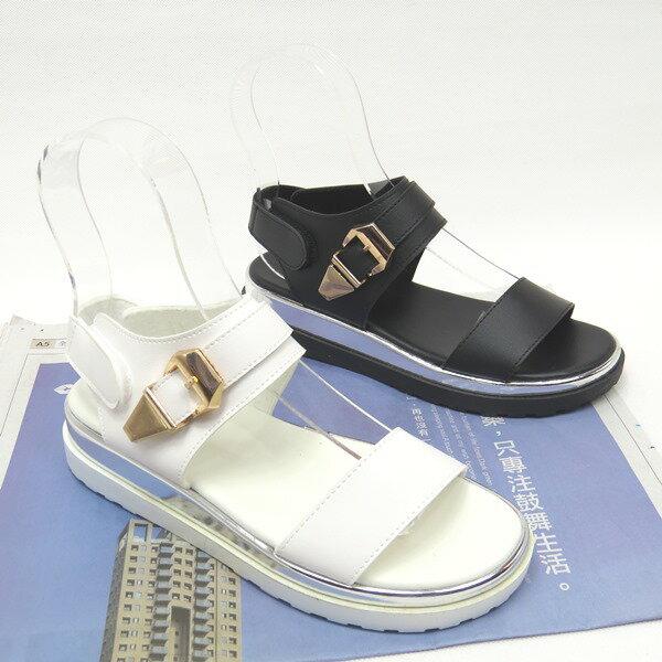 彩虹屋美鞋:*免運*率性時尚金屬釦環平底涼鞋18-6612(白黑)*[彩虹屋]*現+預