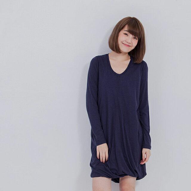 Kimberly 極簡旋轉洋裝/藍