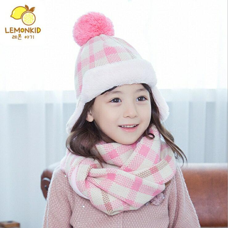 Lemonkid◆秋冬經典百搭格紋立體毛球舒適保暖兒童護耳毛絨帽+圍巾 2件套 - 粉色格