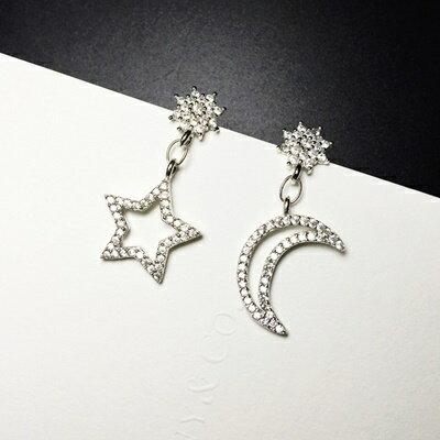 ~925純銀耳環鑲鑽耳飾~精緻絢麗鏤空星月生日情人節 女飾品73ia45~ ~~米蘭 ~