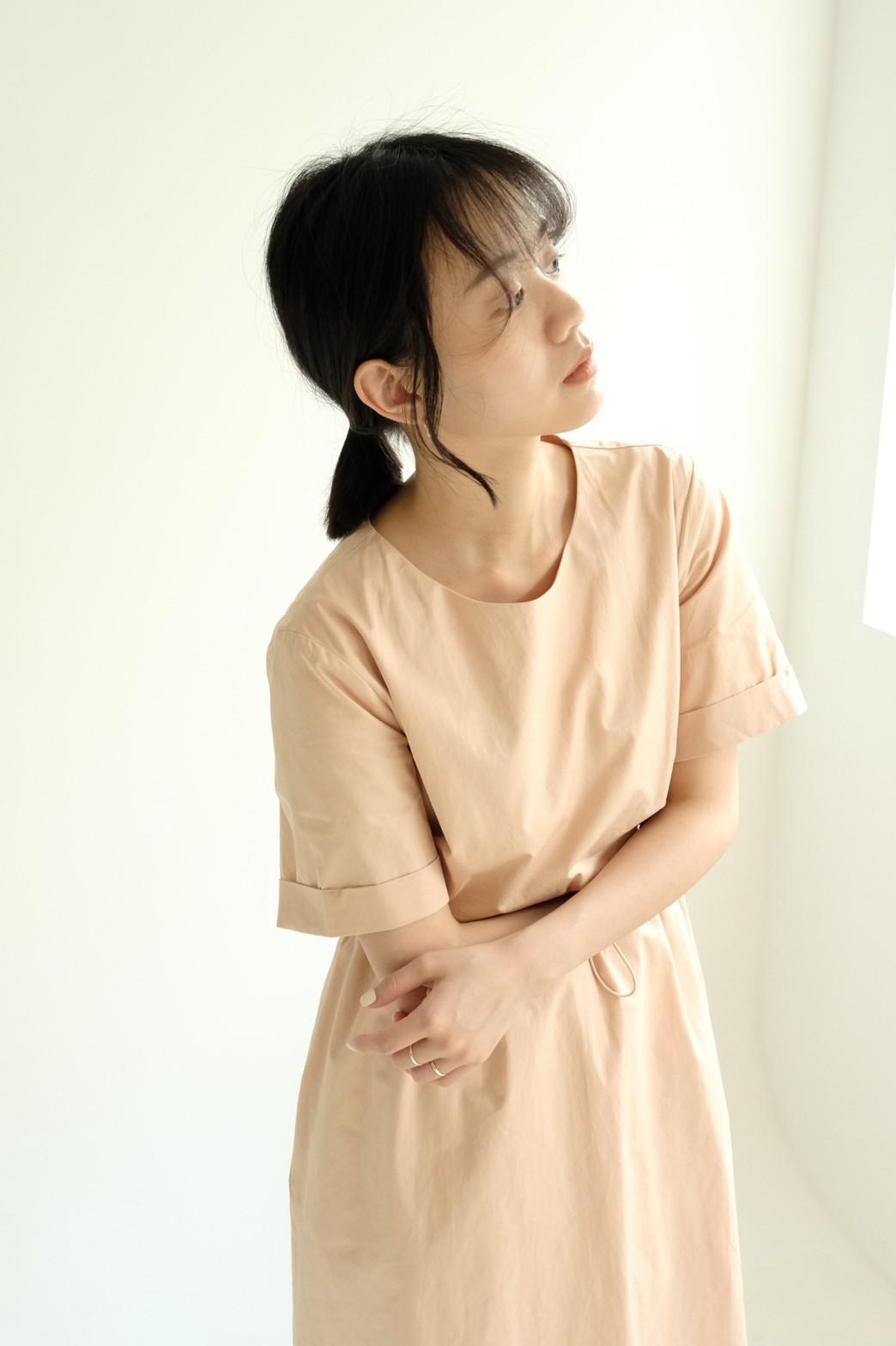 CHILL 女裝 挺版短袖腰抽繩洋裝(杏/黑/綠)