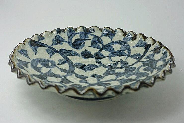 タコ唐草波型7.5皿
