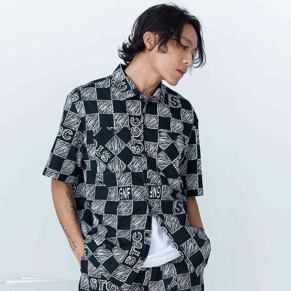 塗鴉感棋盤格紋短袖襯衫STAGECHECKERBOARDSHIRT黑色
