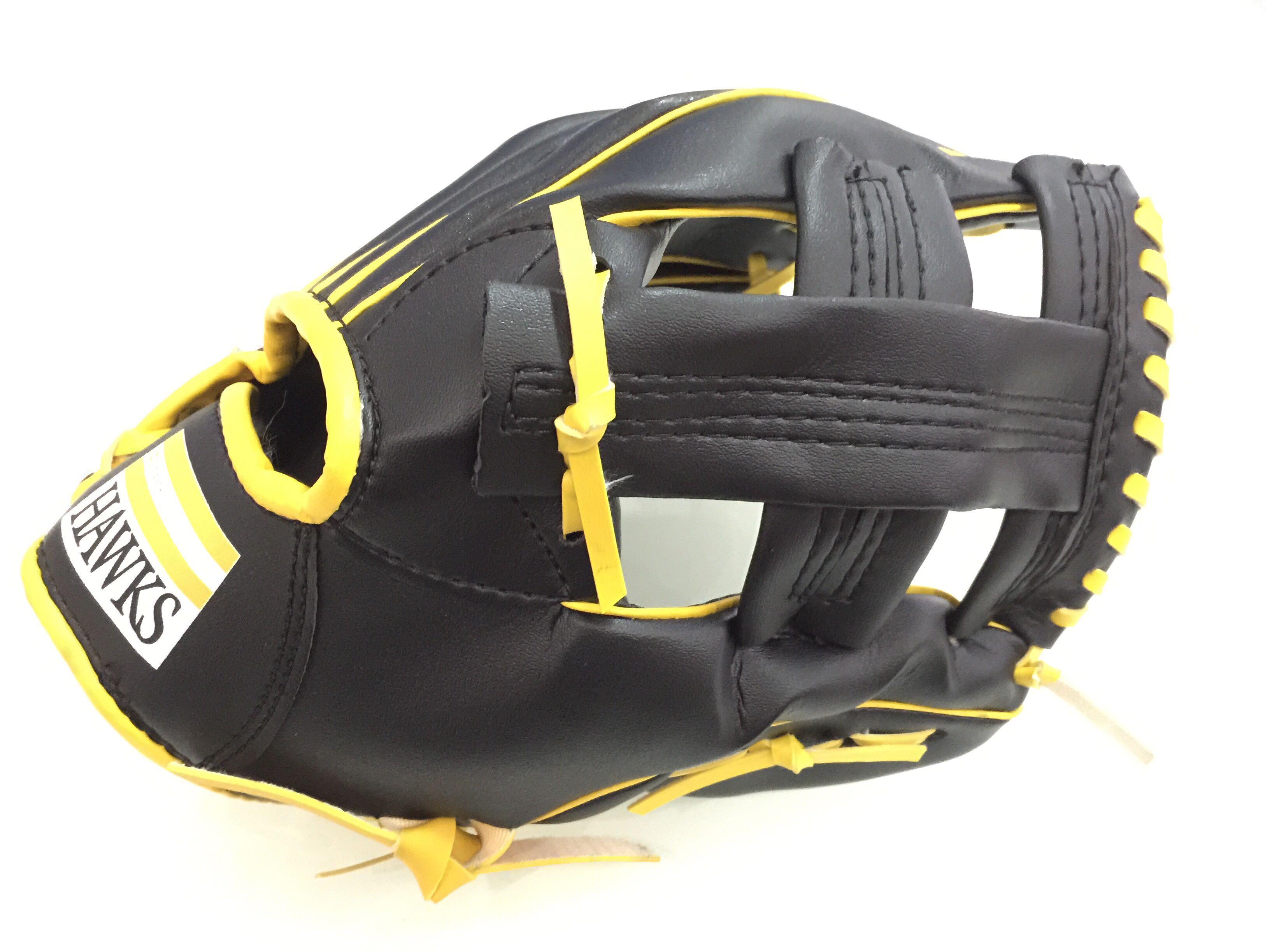 棒球世界 全新日本職棒 NPB 軟銀鷹隊國小用紀念手套 特價 11吋
