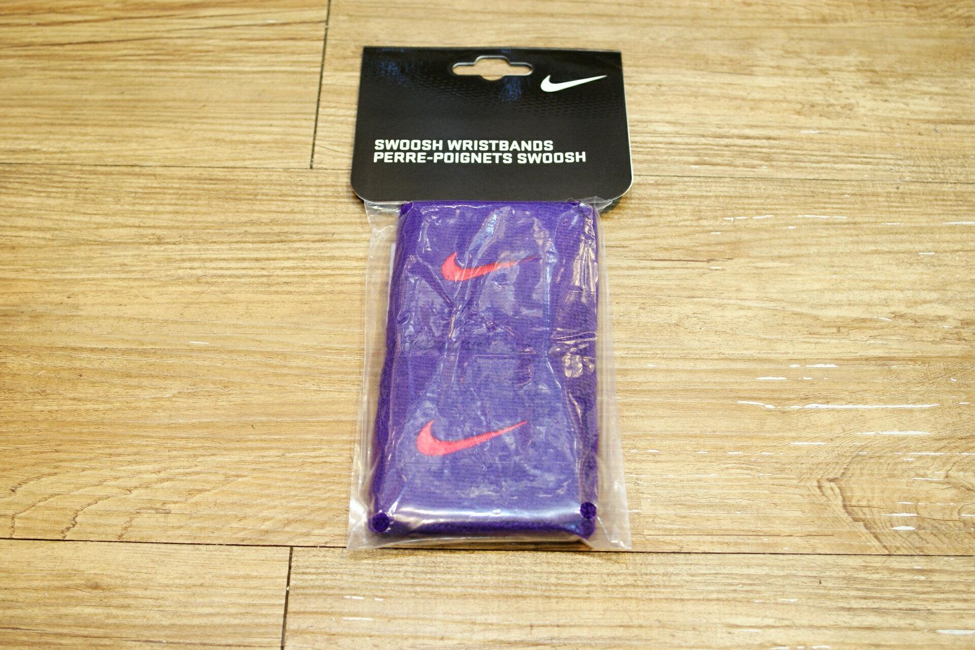 棒球世界全新NIKE短護腕雙入 特價 紫色