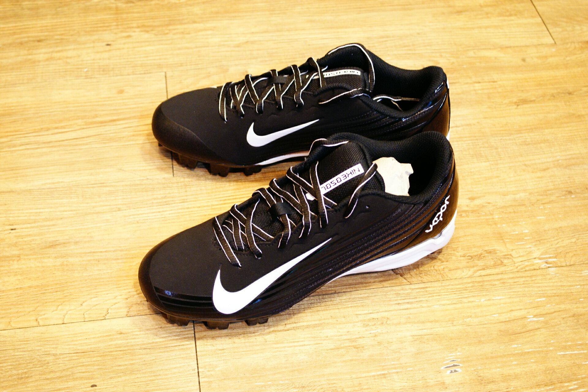 棒球世界14年新款 nike vapor strike 黑白配色 膠釘壘球鞋 特價