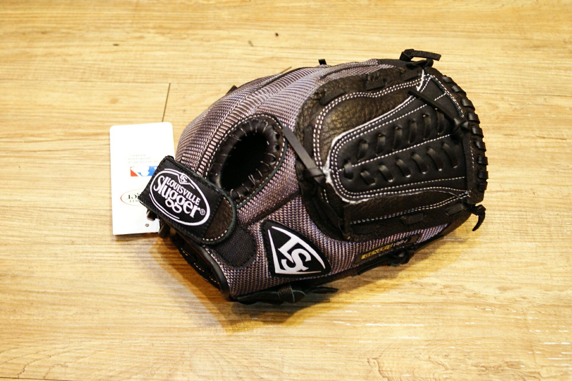 棒球世界 Louisville Slugger 路易斯威爾 genesis11.5吋兒童手套(特價