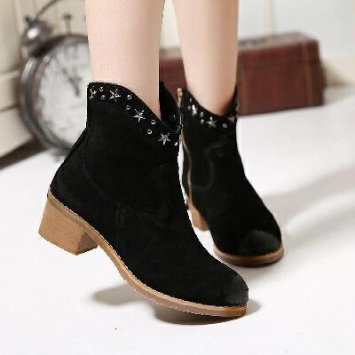 ~Bilyan Shoes~ ^~真皮牛仔款磨砂鉚釘粗跟機車靴馬丁靴短靴女鞋
