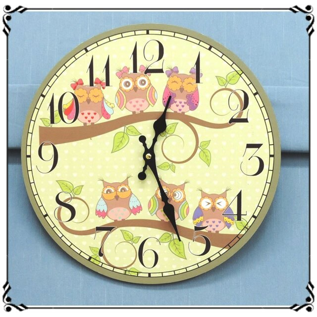 木製靜音掛鐘《CA27》鄉村貓頭鷹掛鐘 木製圓掛鐘 圓形壁鐘 壁飾 靜音時鐘◤彩虹森林◥