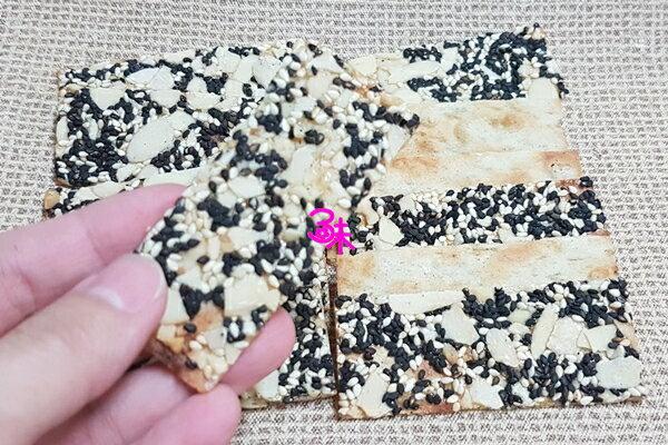 (台灣) 家庭食坊手工現做 鱈魚杏仁脆片 (非油炸) 1包100g 特價 139元