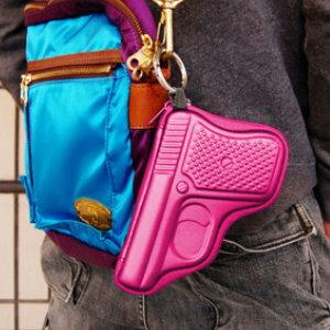 美麗大街【BFA48E3E1】創意手槍造型硬殼零錢包/鑰匙包