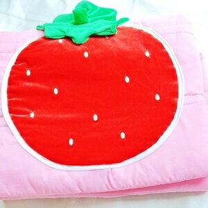 美麗大街【S101100209】可愛草莓抱枕涼被被子