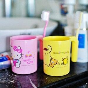 美麗大街【S102020809】卡通造型漱口杯+牙刷組