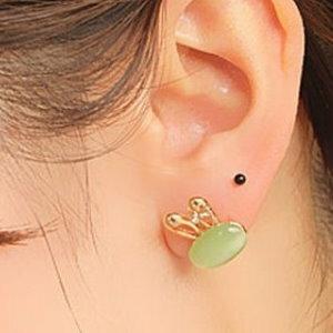 美麗大街【H182】貓眼石鑲鑽蝴蝶結兔子造型耳飾耳針