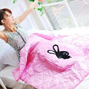 美麗大街【102081936】黑兔兔刷毛可收納涼被/被子/抱枕/枕頭