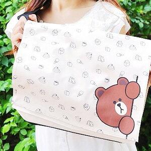 美麗大街【103092511】表情公仔熊大偷看印花側肩背包書包