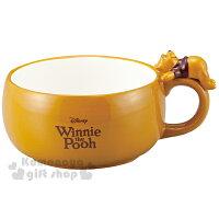 小熊維尼周邊商品推薦〔小禮堂〕迪士尼 小熊維尼 陶瓷湯杯《黃.咖啡字.小熊維尼造型手把》