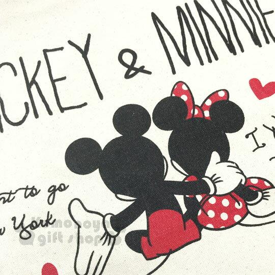 〔小禮堂〕迪士尼 米奇米妮 帆布側背包《橫式.米.摟肩.愛心》無染色胚布 1