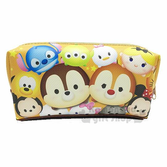 〔小禮堂﹞迪士尼TsumTsum皮質拉鍊筆袋《黃棕.奇奇蒂蒂.滿版》鉛筆盒.化妝包.萬用包
