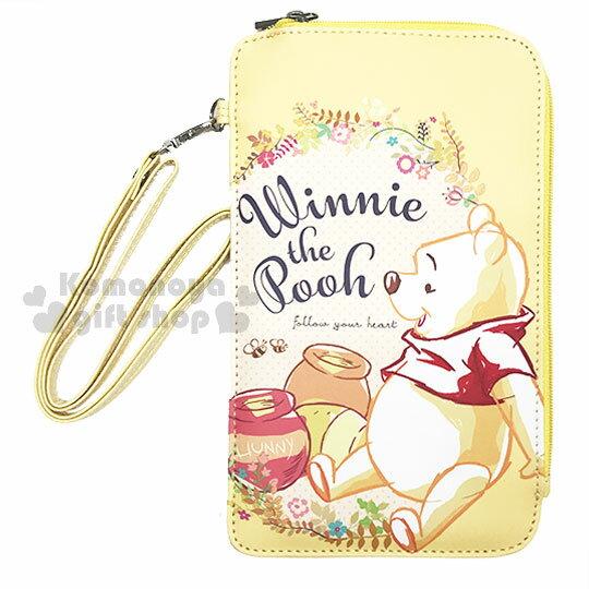 〔小禮堂〕迪士尼小熊維尼皮質手機包附碗繩《黃.花朵.坐姿》手機袋.收納包