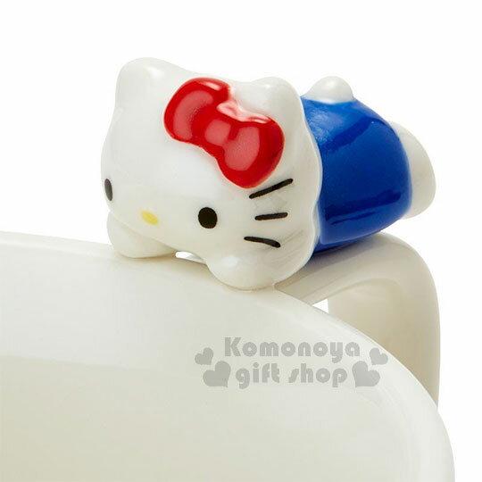 〔小禮堂〕Hello Kitty 造型陶瓷馬克杯附湯匙《白.杯邊玩偶》咖啡杯.寬口杯.湯杯.精緻盒裝 5
