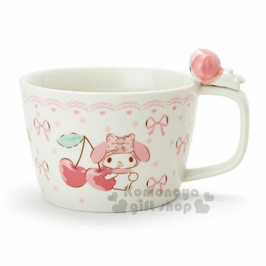 〔小禮堂〕美樂蒂 造型陶瓷馬克杯附湯匙《白.杯邊玩偶》咖啡杯.寬口杯.湯杯.精緻盒裝 1
