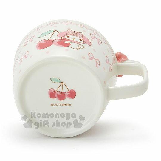 〔小禮堂〕美樂蒂 造型陶瓷馬克杯附湯匙《白.杯邊玩偶》咖啡杯.寬口杯.湯杯.精緻盒裝 3