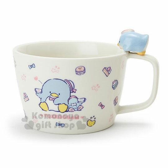 〔小禮堂〕山姆企鵝 造型陶瓷馬克杯附湯匙《白.杯邊玩偶》咖啡杯.寬口杯.湯杯.精緻盒裝 1