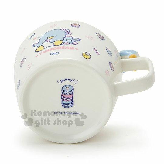 〔小禮堂〕山姆企鵝 造型陶瓷馬克杯附湯匙《白.杯邊玩偶》咖啡杯.寬口杯.湯杯.精緻盒裝 3