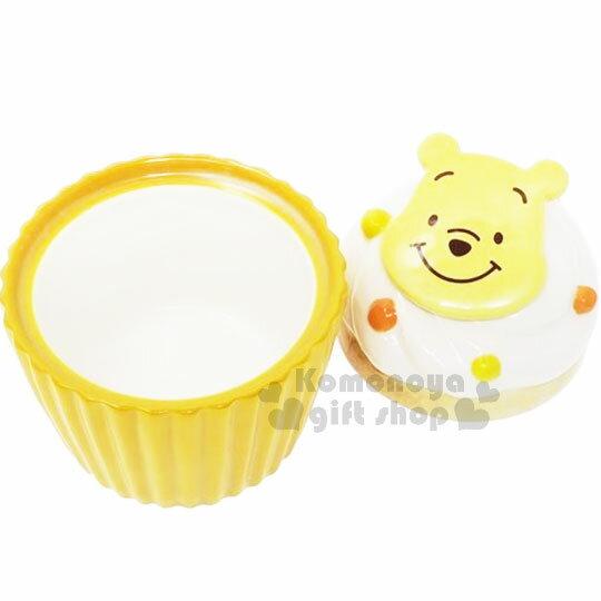 〔小禮堂〕迪士尼 小熊維尼 造型陶瓷收納罐《黃.杯子蛋糕》置物罐.糖果罐 1
