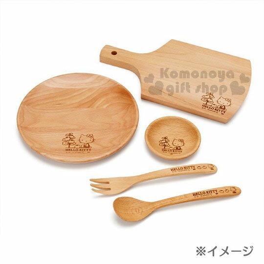 〔小禮堂〕Hello Kitty 木質圓盤《棕.側坐.番茄樹》菜盤.點心盤 3