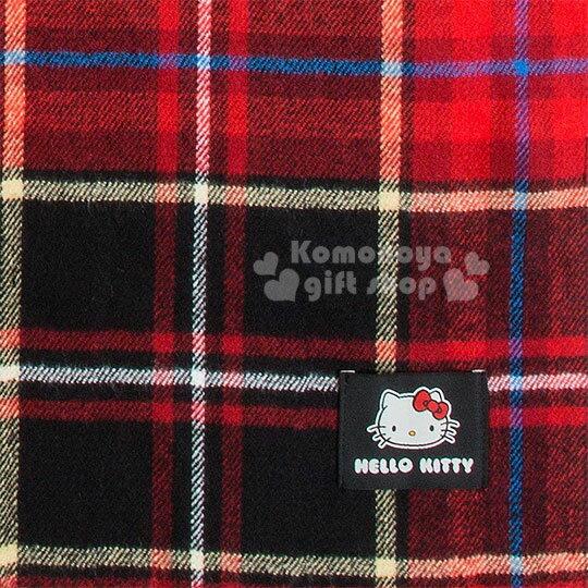 〔小禮堂〕Hello Kitty Black 短絨流蘇披肩圍巾《紅黑》蘇格蘭紋生日慶 1
